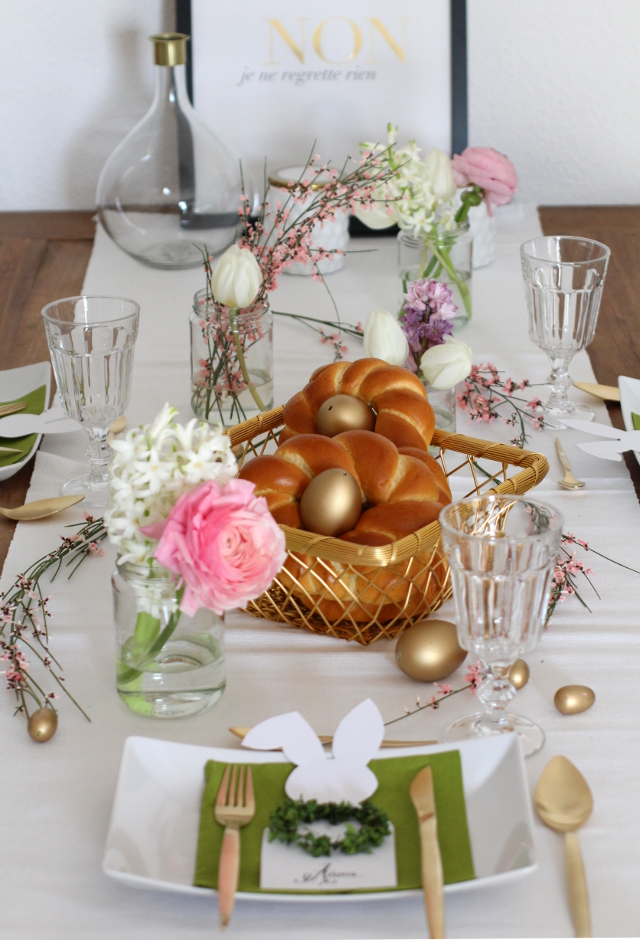 INTERIOR: Easter Table Setting