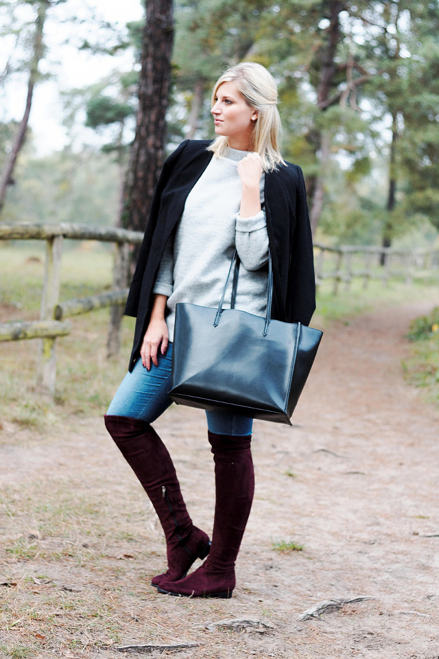 OUTFIT: Bordeaux Overknee Boots