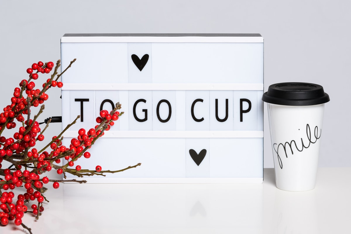 ADVENTSKALENDER #14: Smile To-Go Cup