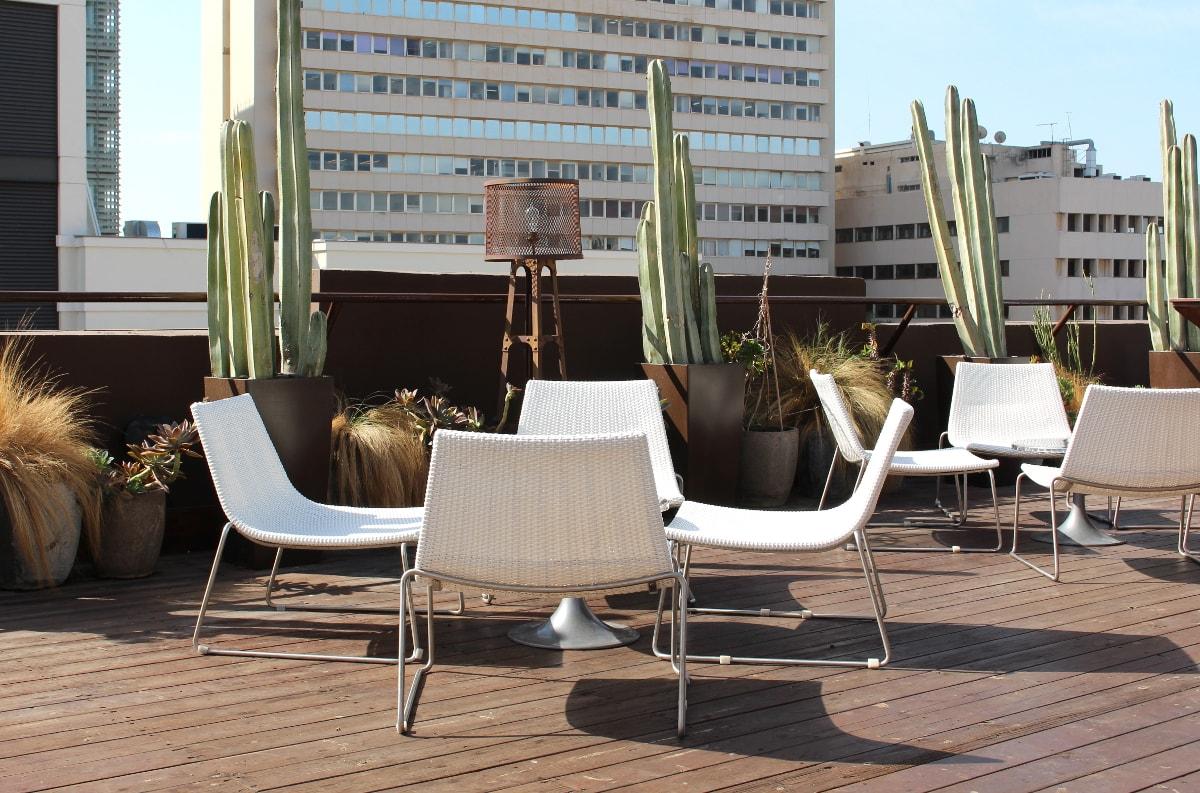 Dachterrasse des Brown Urban Hotel Tel Aviv
